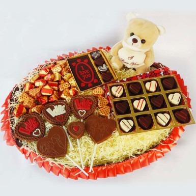 Chocolate And Cake Hamper - WBO