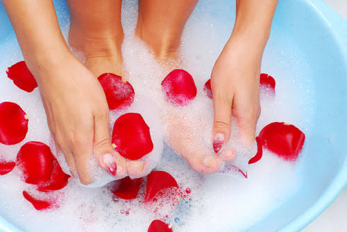 Foot Care Tips : Time To Replace Your Shoes