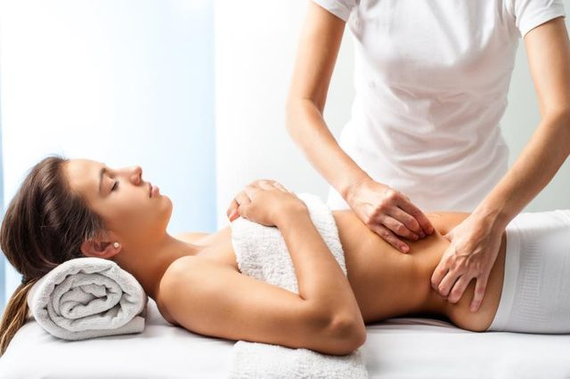 5 Health Benefits of Stomach Massage for Weight Loss and Metabolism