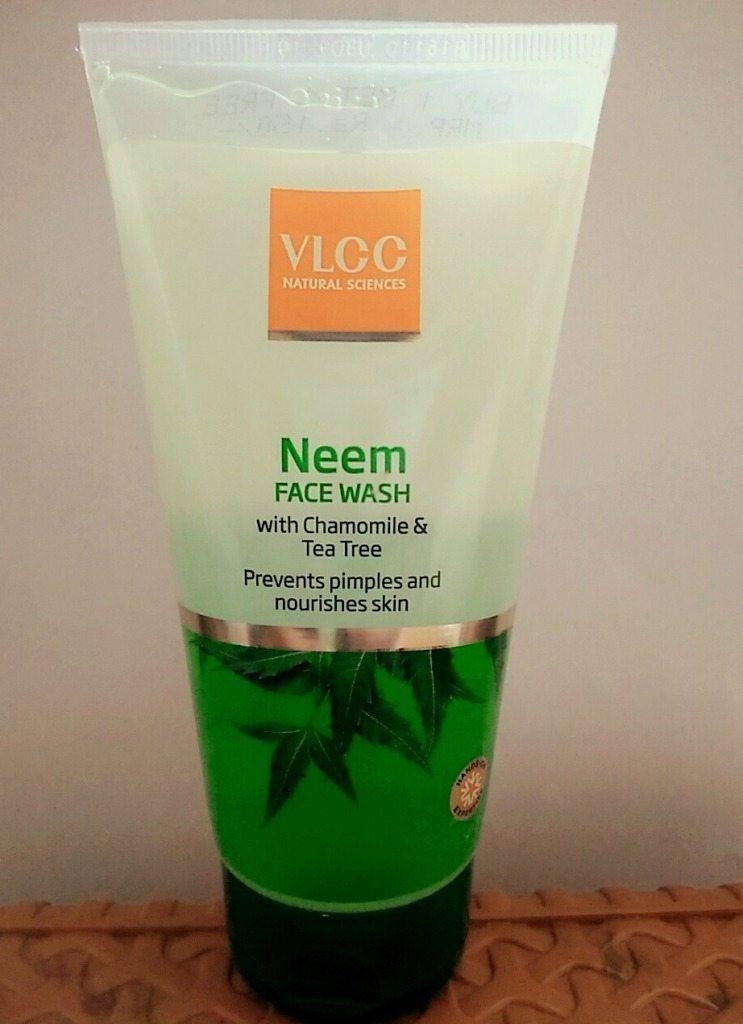 VLCC Neem Face Wash review WBO