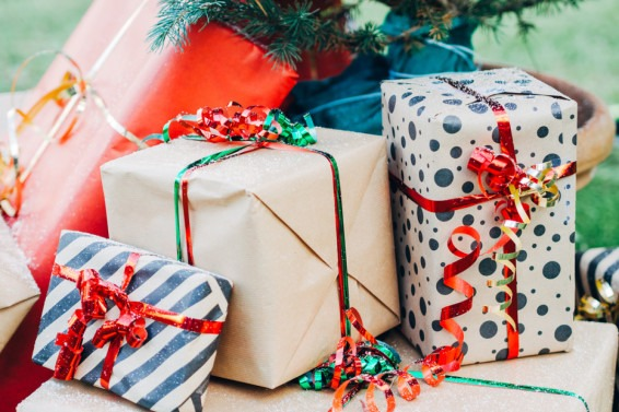 7 Successful Present Ideas for Your Office Gift Exchange