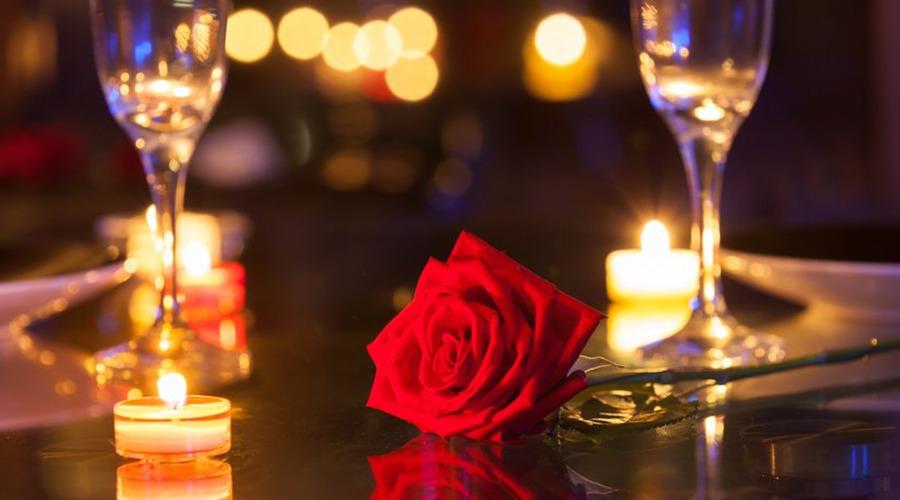 Candlelight dinner valentine day