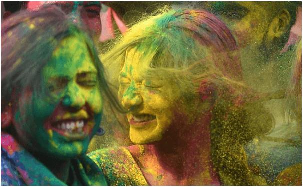 How to Celebrate Holi Festival in India