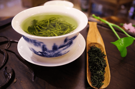 What benefits can drinking green tea do?