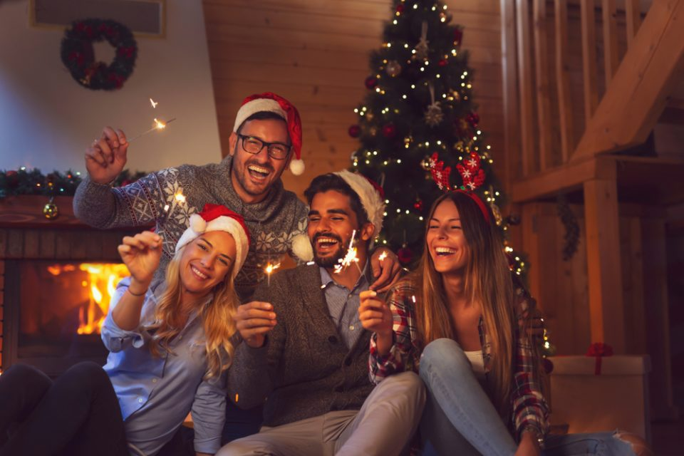 6 Unique Gift Ideas to Get Your Friends For the Holidays.