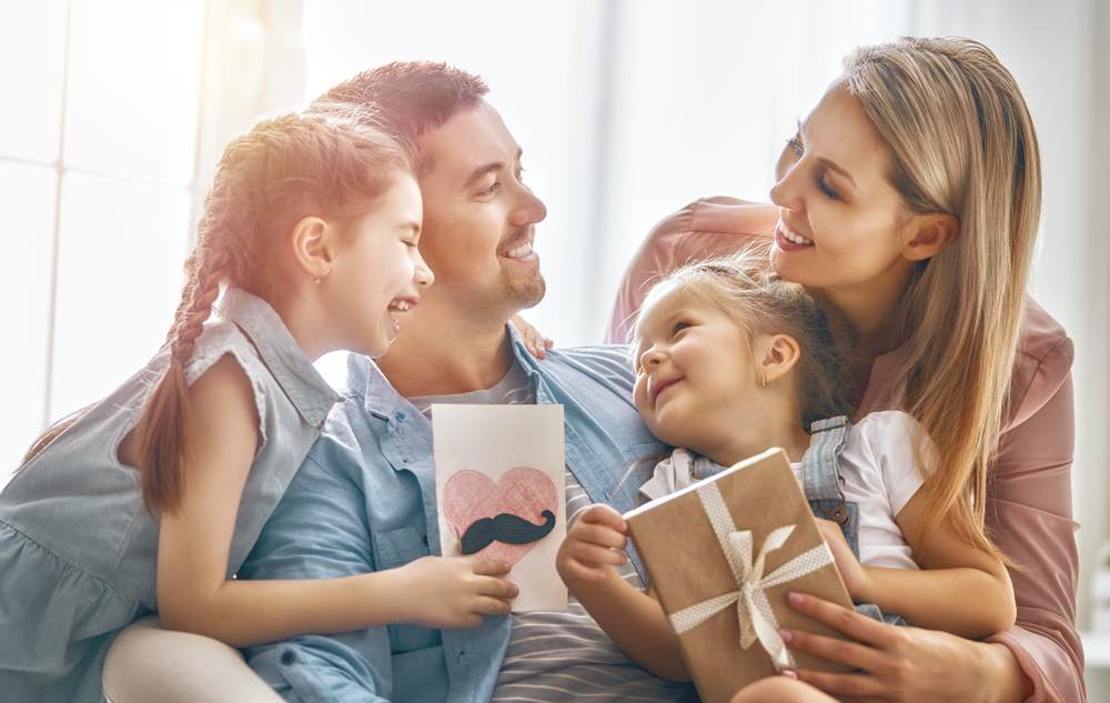 5 Unique and Personal Gift Ideas for Family