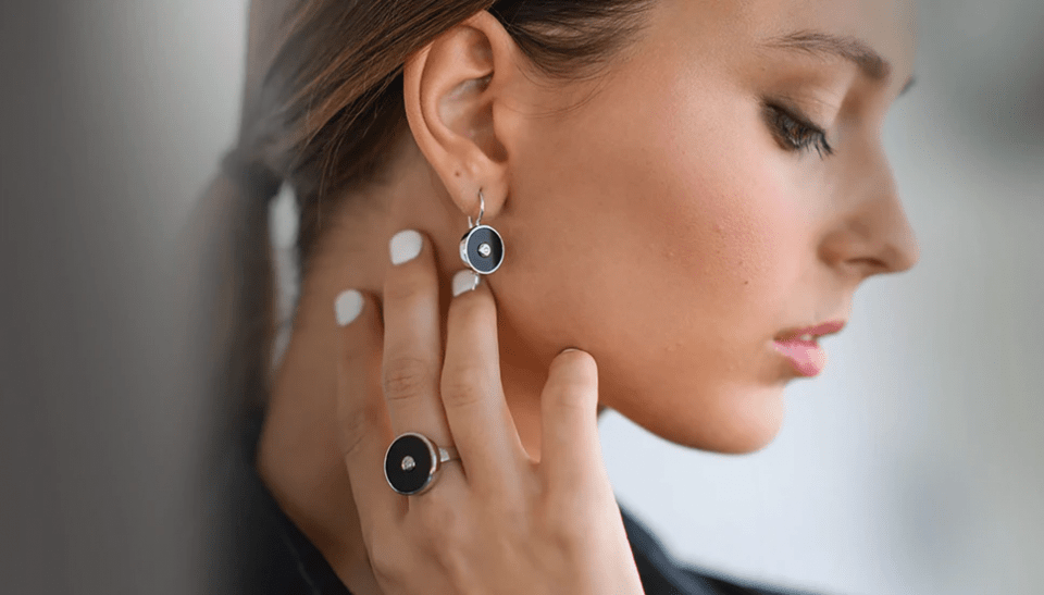 7 Tips To Get A Fabulous Jewellery On A Tight Budget