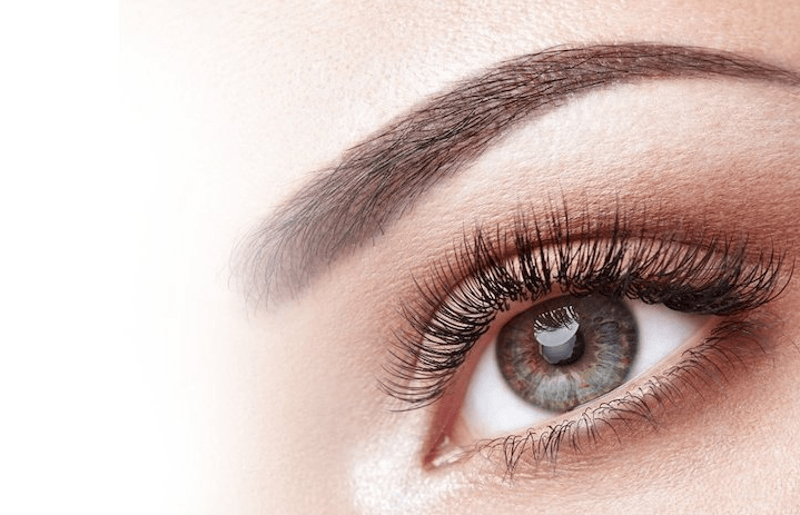 What can make your eyelashes grow naturally?