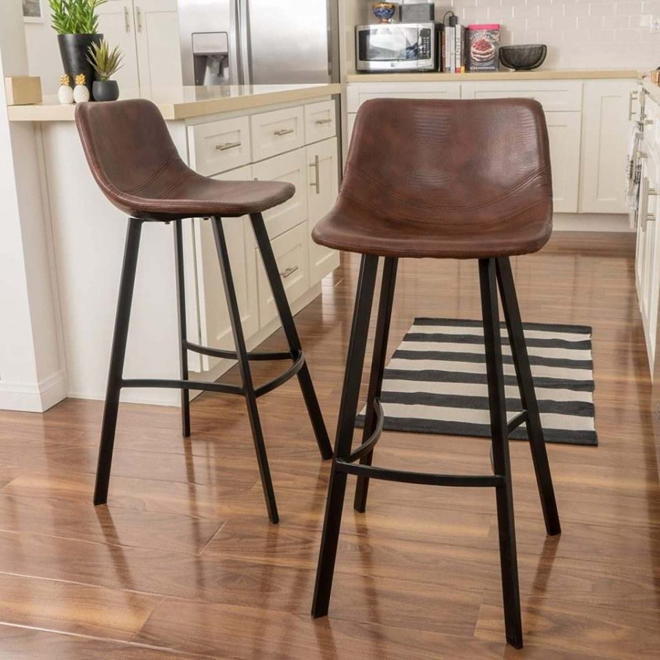 An Easy Guide: 8 Different Types of Bar Stools That You Should Get