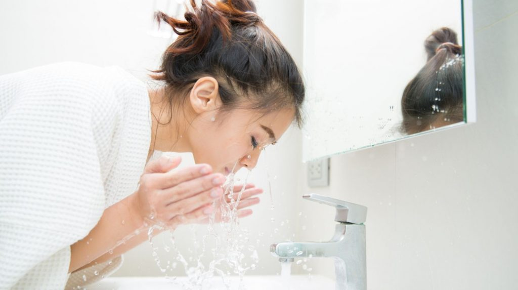 5 Things You Need to Know About Washing Your Face
