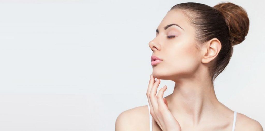 What is a Face Serum & Why You Should Invest in it?
