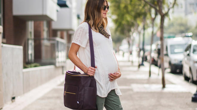 Essential Tips to Consider Before Purchasing Maternity Dresses and Clothing.