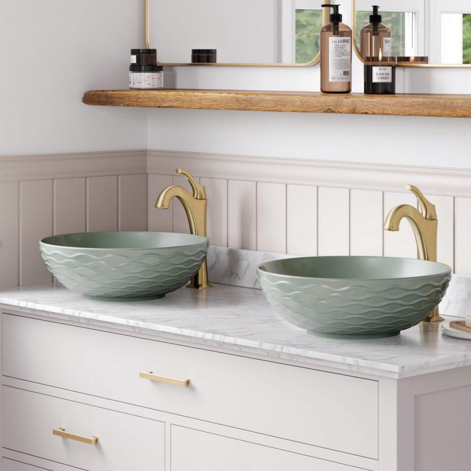 Exploring Clever Design Ideas for Your En suite Bathroom.