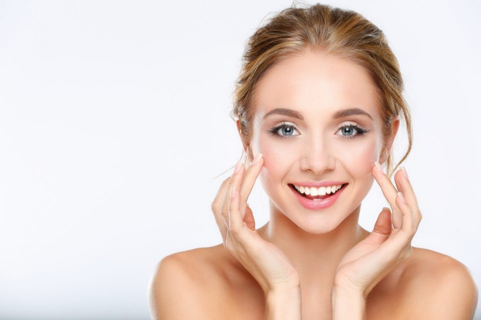 4 Factors to Consider When Buying Skincare Products Online