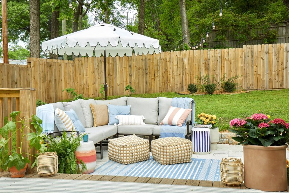 8 Ways To Decorate Your Patio and Backyard