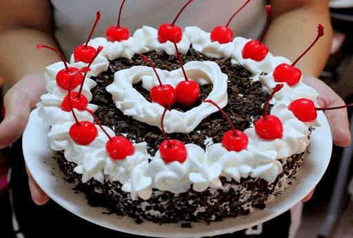 Health Benefits Of Eating Cake: Know The Major Points