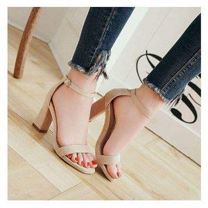 Heels sandals at Low Price