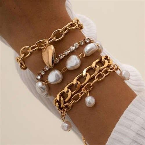 What bracelet do I give my partner?